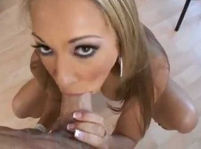 Jamie Elle blow job